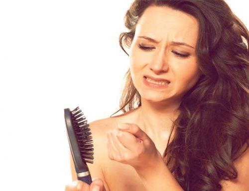 Mittel gegen Haarausfall – Was tun bei strakem Haarverlust?